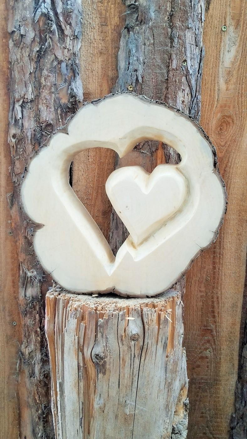 Herz in Baumscheibe